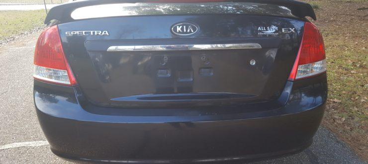 06 kia rear